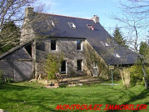 Stone house with original ideas