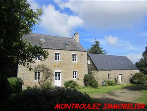 Ancient  Corps de Ferme, with Outbuildings on 2.4 hectares with Woodland