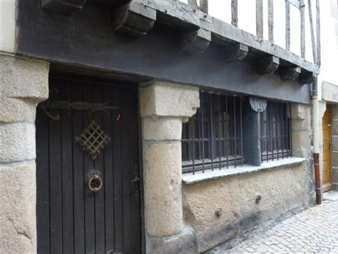 Historic center, renovated Colombage house