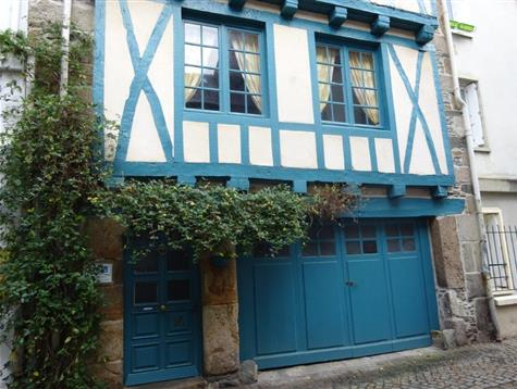 A lots of charm for this timbered house