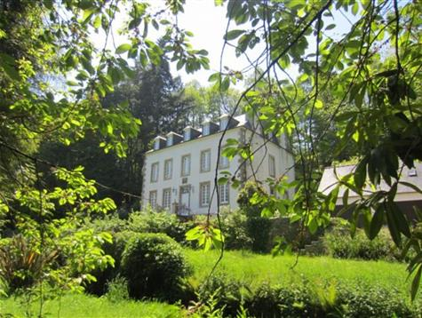 Magnificient 19th century manor on 2.2 hectares